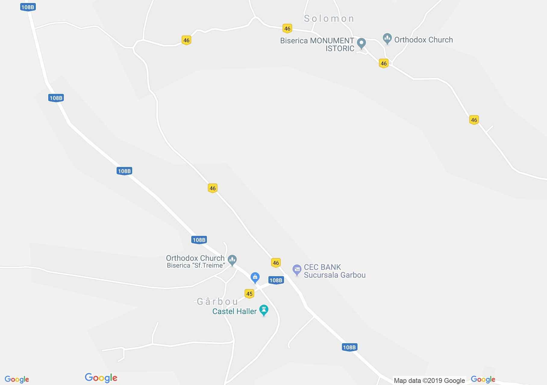 Map of Gîrbău: Court