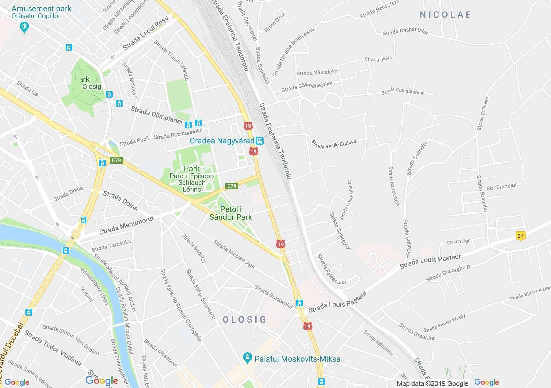 Hartă Oradea: Salonul Selena Luna